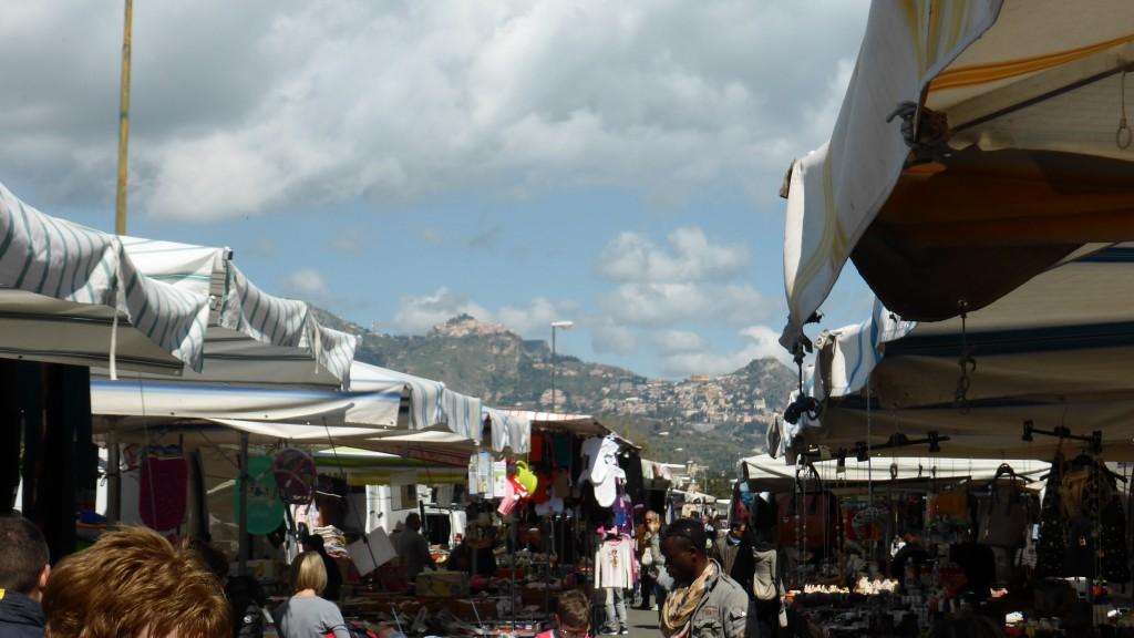 P1060985 Mercato artisanale